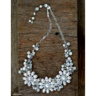 Handmade Silverplated 'Snow Blossom' Pearl Necklace (5.5-8 mm) (Thailand)