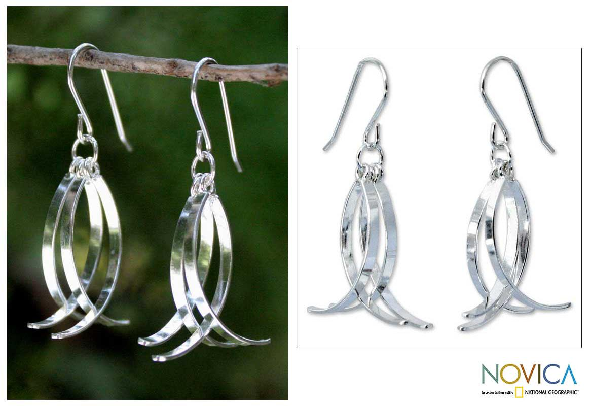 Handmade Sterling Silver 'Sea Vision' Dangle Earrings (Thailand)