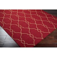Hand-woven Hollis Red Wool Area Rug - 5' x 8'