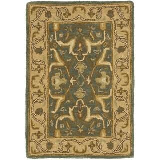 Safavieh Handmade Heritage Traditional Kashan Blue/ Beige Wool Rug (3' x 5')