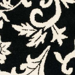 Safavieh Handmade Soho Sillo Black New Zealand Wool Rug (2' x 3') - Thumbnail 2