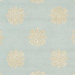Safavieh Handmade Soho Medallion Light Blue N. Z. Wool Rug (6' Square) - Thumbnail 2