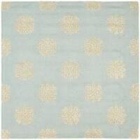 Safavieh Handmade Soho Medallion Light Blue N. Z. Wool Rug (6' Square)