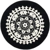 Safavieh Handmade Soho Chrono Black/ Ivory New Zealand Wool Rug - 6' x 6' Round