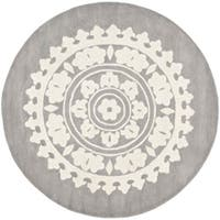 Safavieh Handmade Soho Chrono Grey/ Ivory New Zealand Wool Rug - 6' x 6' Round