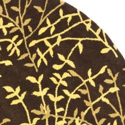 Safavieh Handmade Soho Moments Brown New Zealand Wool Rug (6' Round) - Thumbnail 1