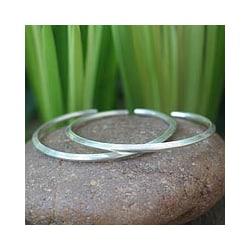 Set of 2 Sterling Silver 'Moonbeams' Cuff Bracelets (Thailand)