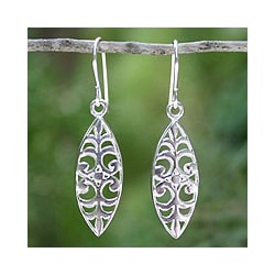 Handmade Sterling Silver 'Glorious' Dangle Earrings (Thailand)