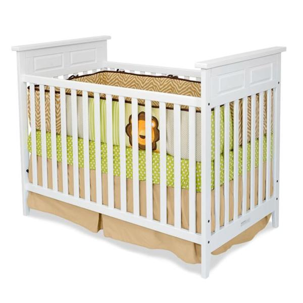 Logan Traditional Matte White Stationary Crib