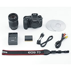 Canon EOS 7D 18MP Digital SLR Camera with 18-135mm IS Lens - Thumbnail 2