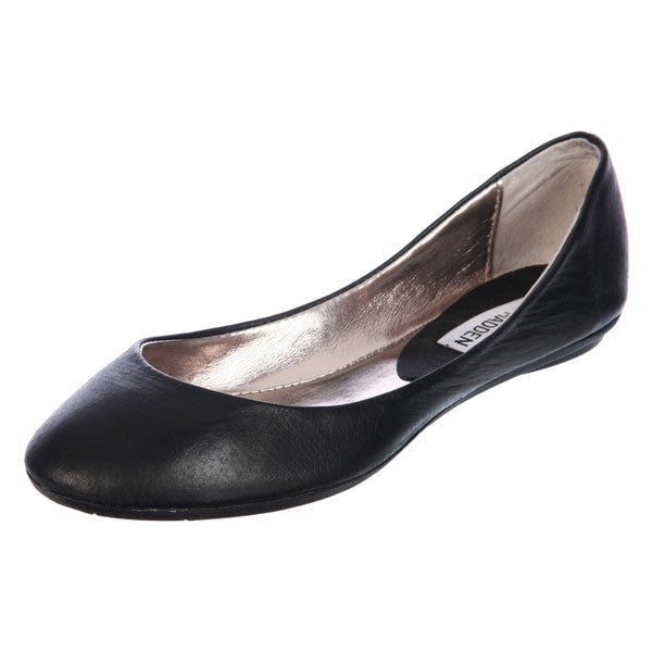 f25431fa86e Shop Steve Madden Women's 'P-Heaven' Black Ballet Flats - Free ...