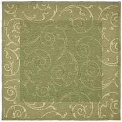 Safavieh Oasis Scrollwork Olive Green/ Natural Indoor/ Outdoor Rug (6'7 Square)