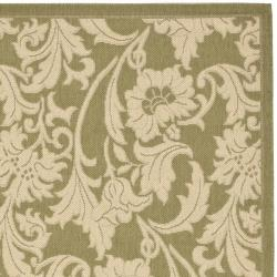 Safavieh Courtyard Green/ Cream Indoor/ Outdoor Rug (4' x 5'7) - Thumbnail 1