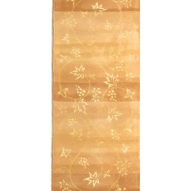 "Safavieh Handmade Vine Stripe Beige Wool and Silk Runner - 2'6"" x 10'"