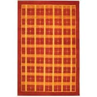 Safavieh Hand-knotted Gabeh Moonfest Rust Wool Rug - 6' x 8'