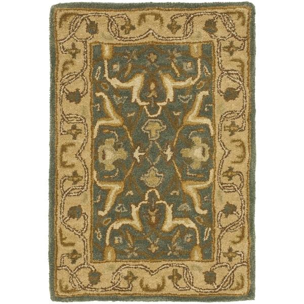 Safavieh Handmade Heritage Traditional Kashan Blue/ Beige Wool Rug (2' x 3')