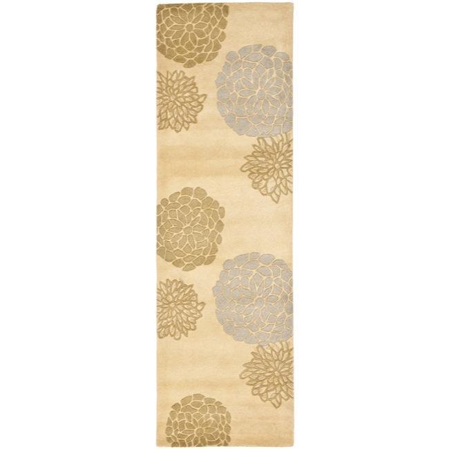 "Safavieh Handmade Soho Bontanical Beige New Zealand Wool Rug - 2'6"" x 8'"