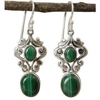 Handmade Sterling Silver 'Natural Majesty' Malachite Earrings (India)