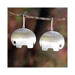 Handmade Sterling Silver 'Pretty Elephant' Earrings (Thailand)