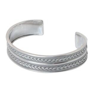 Handmade Sterling Silver 'Parallel Splendor' Cuff Bracelet (Thailand)