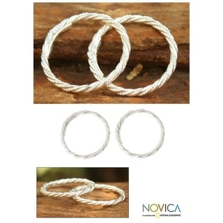 Handmade Set of 2 Sterling Silver 'Spiral Touch' Stacking Rings (Thailand)