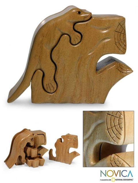 Handmade Mahogany 'Iguana' Puzzle Box (Guatemala)