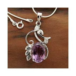 Sterling Silver 'Nostalgia' Amethyst Flower Necklace (India)