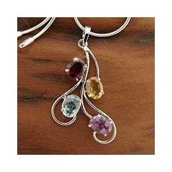 Sterling Silver 'India Lights' Amethyst Garnet Necklace (India)