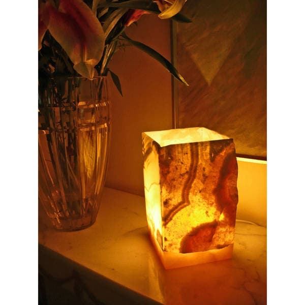 Handmade Natural Alabaster 1-light Lamp (Egypt)