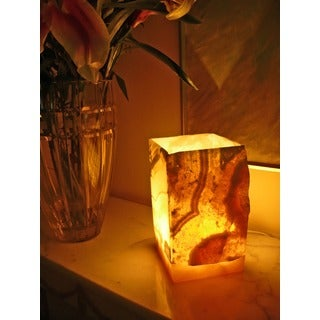 Handmade Natural Alabaster 1-light Lamp (Egypt)