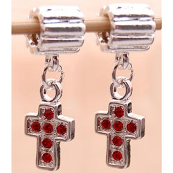 Handmade Silverplated Red Rhinestone Cross Charm Beads (Set of 2) (United States)