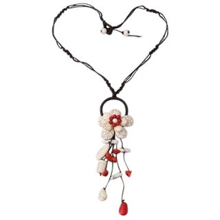Handmade Love of Flower Synthetic Coral Howlite Dangle Necklace (Thailand)