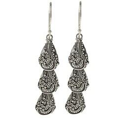Kabella Lily B Sterling Silver Beaded Swirl Shell-shape Earrings