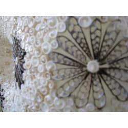 Resin and Sea Shell 1-light White Table Lamp (Indonesia) - Thumbnail 1
