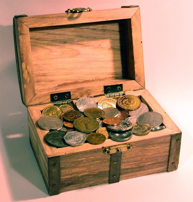 American Coin Treasures Treasure Chest of 50 Foreign Coins