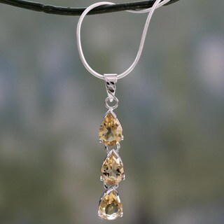 Handmade Sterling Silver 'Sundrops' Citrine Necklace(India)