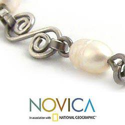 Handmade Sterling Silver 'Colonial Pearls' Pearl Bracelet (6 mm) (Peru) - Thumbnail 2