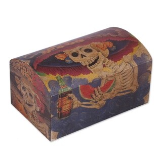 Handcrafted Pinewood 'Catrina My Love' Decoupage Chest (Mexico)