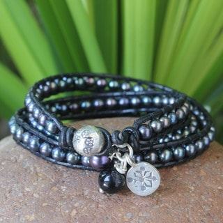 Handmade Silver 'New Midnight Tribal' Pearl Gem Bracelet (5-8 mm) (Thailand)