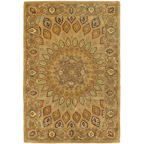 Safavieh Handmade Heritage Timeless Traditional Light Brown/ Grey Wool Rug (4' x 6')