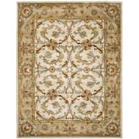 Safavieh Handmade Heritage Timeless Traditional Beige/ Gold Wool Rug (4' x 6')