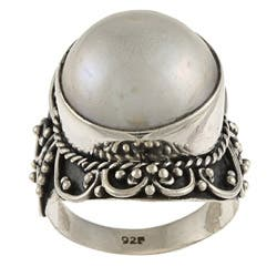 Kabella Lily B Silver Round Mabe Pearl Rope and Swirl Design Ring (15 mm)|https://ak1.ostkcdn.com/images/products/6058701/Kabella-Lily-B-Silver-Round-Mabe-Pearl-Rope-and-Swirl-Design-Ring-15-mm-P13734128.jpg?impolicy=medium