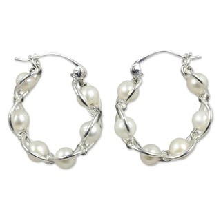 Sterling Silver 'Cloud Twist' Pearl Hoop Earrings (5 mm) (Thailand)|https://ak1.ostkcdn.com/images/products/6072181/P13745156.jpg?impolicy=medium