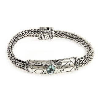 Women's Sterling Silver 'Meditate' Blue Topaz Bracelet (Indonesia)