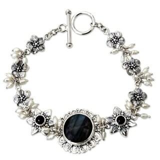 Handmade Sterling Silver 'Angelic' Pearl Gemstone Bracelet (Indonesia)
