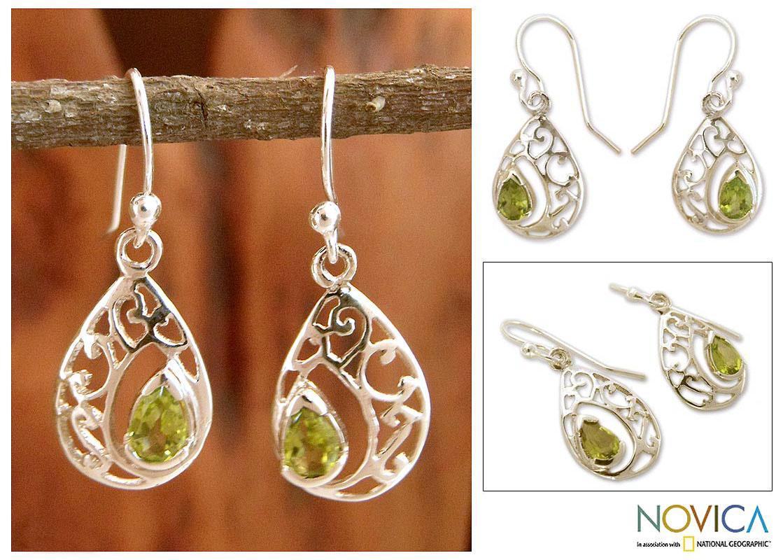 Sterling Silver 'Lace Halo' Peridot Dangle Earrings (India)