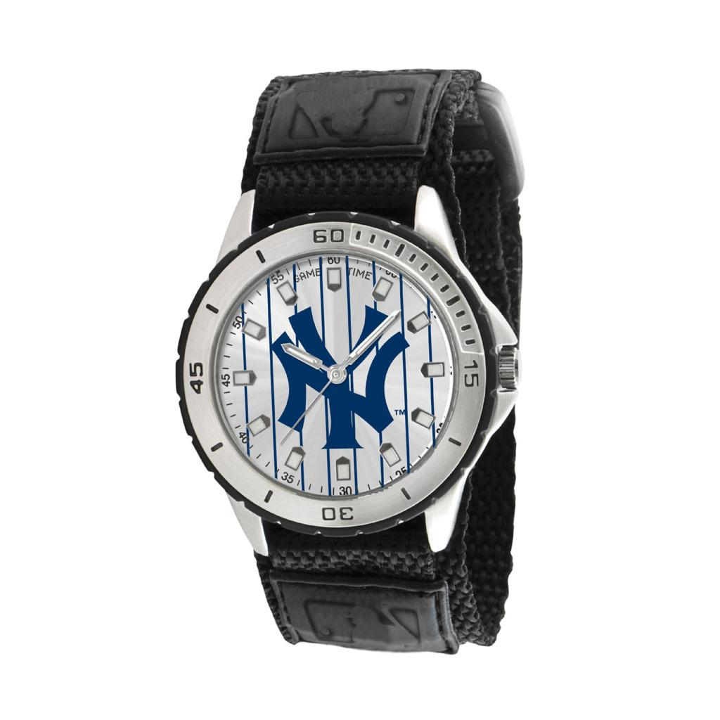 New York Yankees Game Time Veteran Series Watch - Thumbnail 0