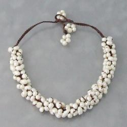 Handmade Cotton White Freshwater Pearl Cluster Necklace (6-8 mm) (Thailand)