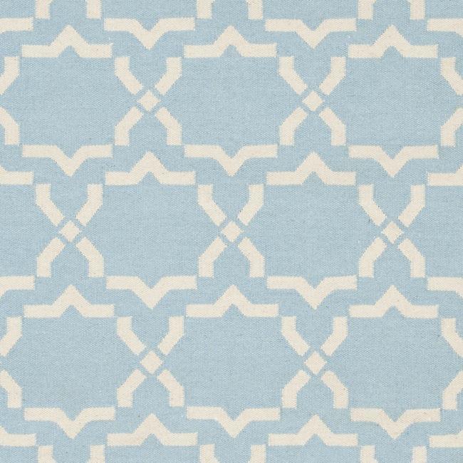 Safavieh Hand-woven Moroccan Reversible Dhurrie Light Blue/ Ivory Wool Rug (3' x 5') - Thumbnail 2