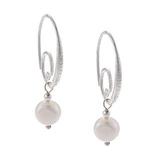 Sterling Silver Freshwater Pearl Curl Earrings (8 mm)(Israel)
